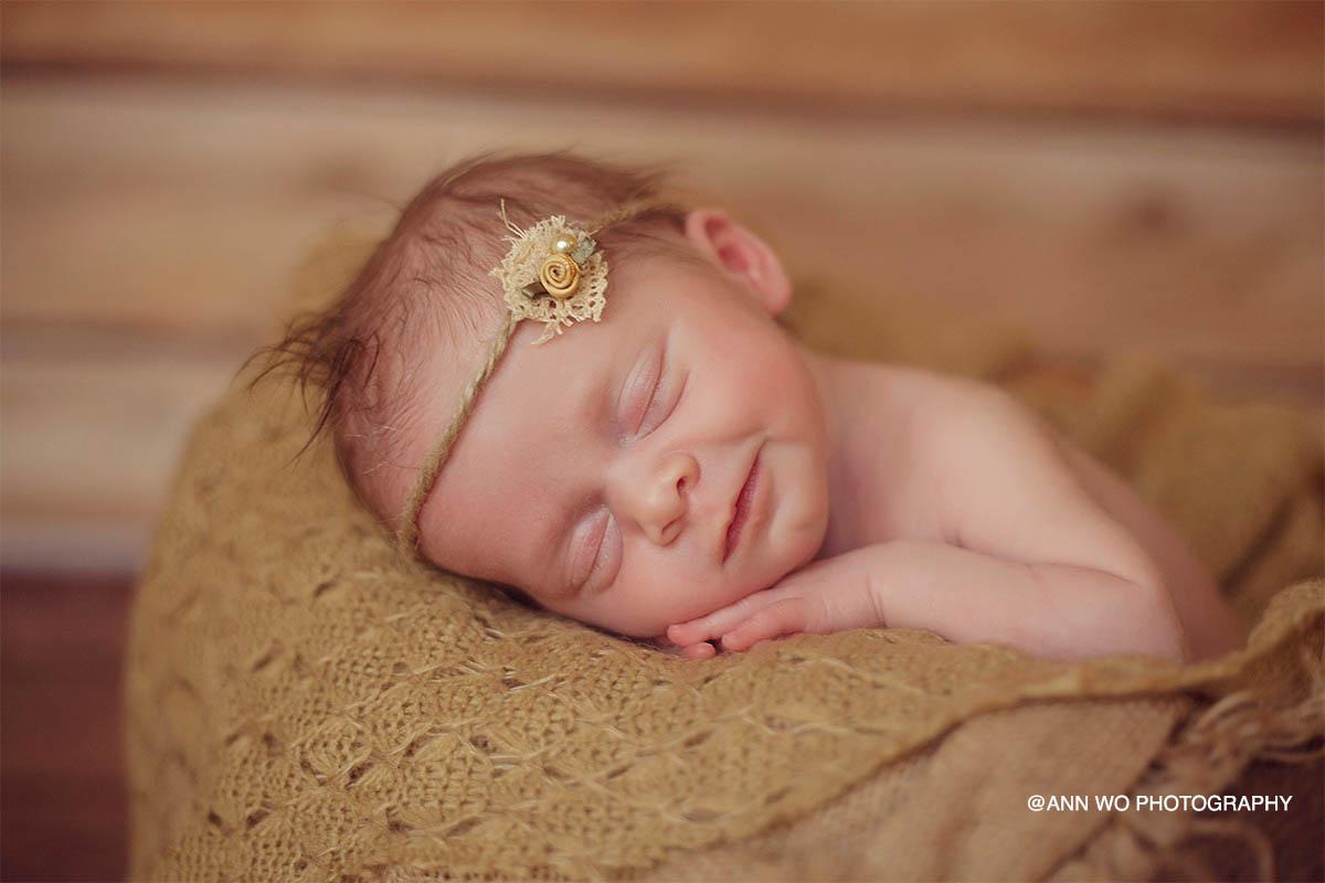 newborn photographer london ann wo baby smile